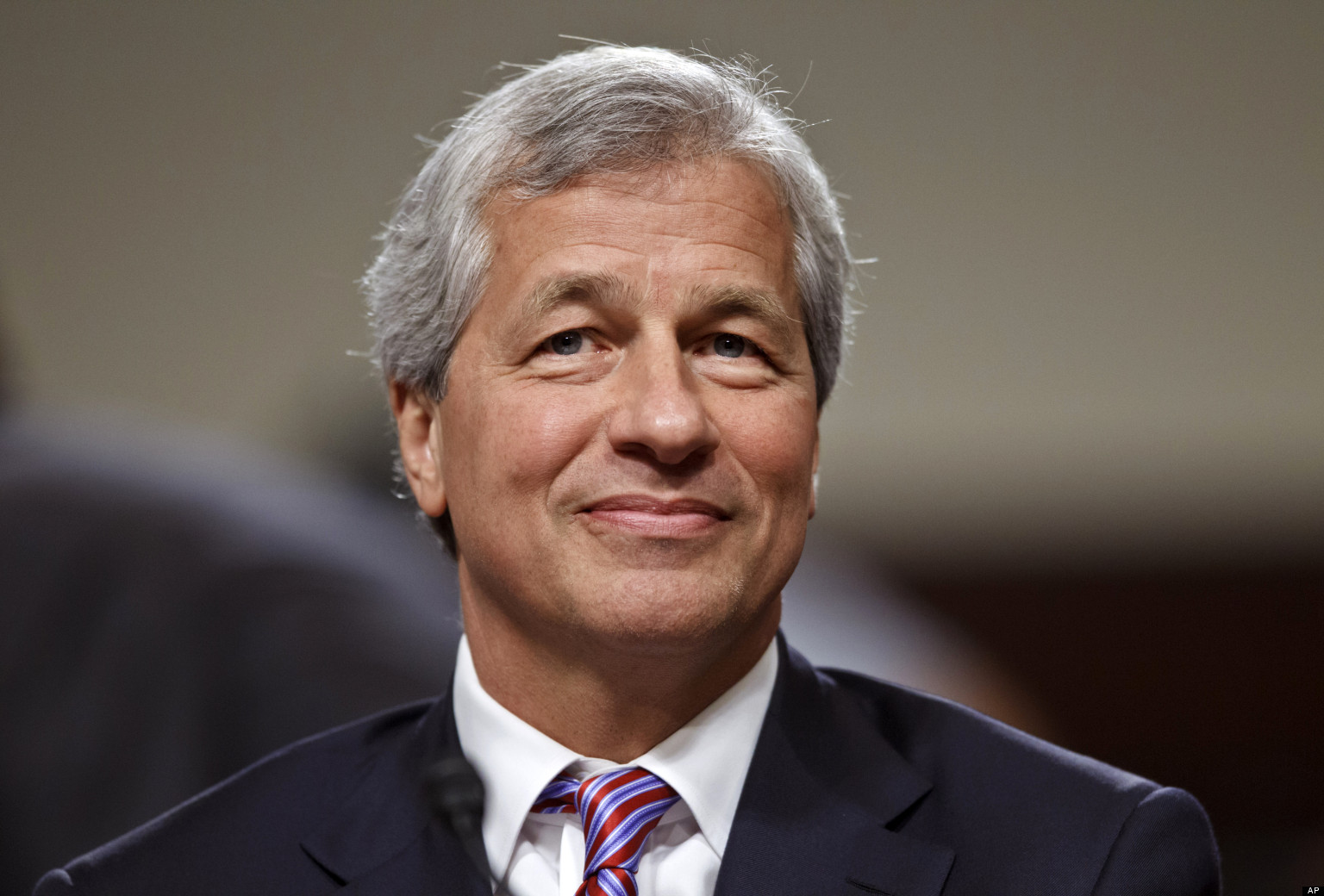 JPMorgan Chase CEO Jamie Dimon diagnosed with throat cancer, will ...